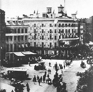 Barnum's_American_Museum-photo_1858